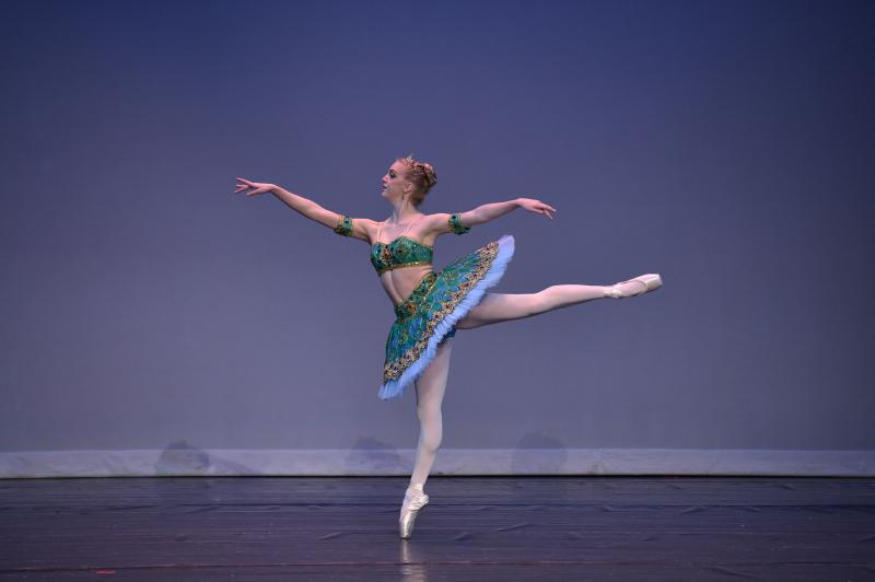 Serious Ballet students learn from Wilmington NC's top instructors.